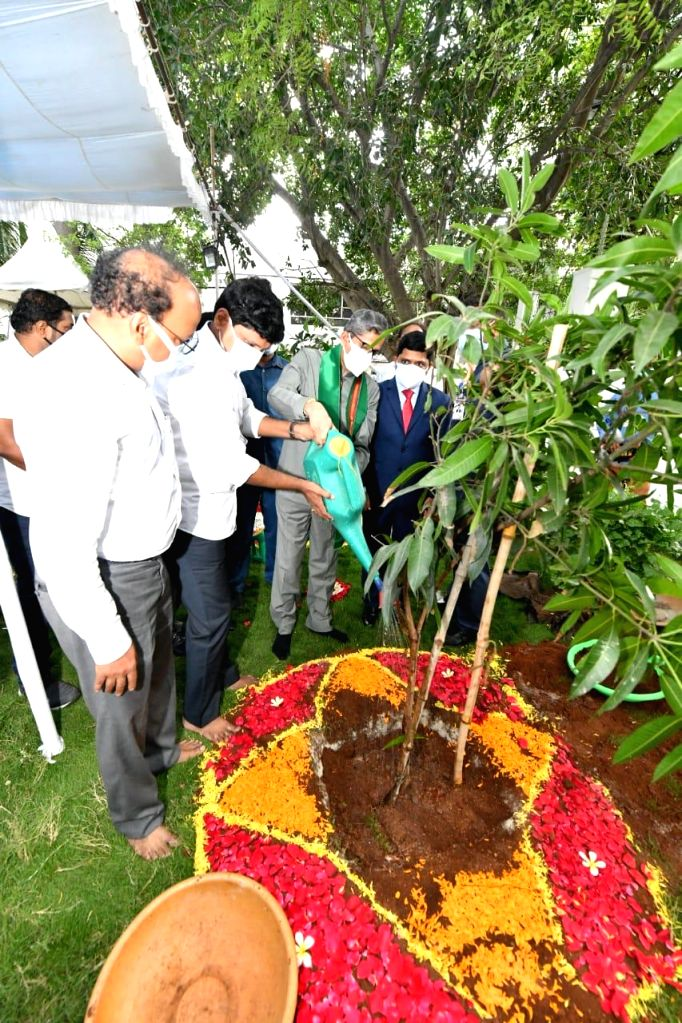 Chief Justice NV Ramana participates in the Green India program.