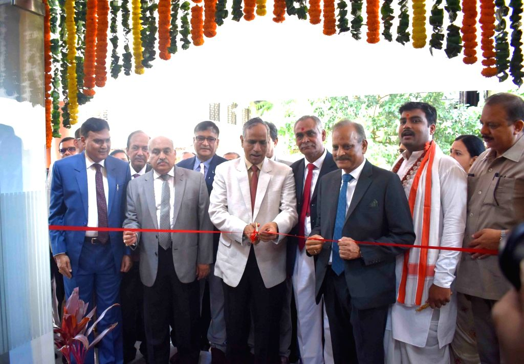 Chief Justice of Allahabad High Court Govind Mathur inaugurates hi-tech building of district court in Prayagraj on Aug 10, 2019.