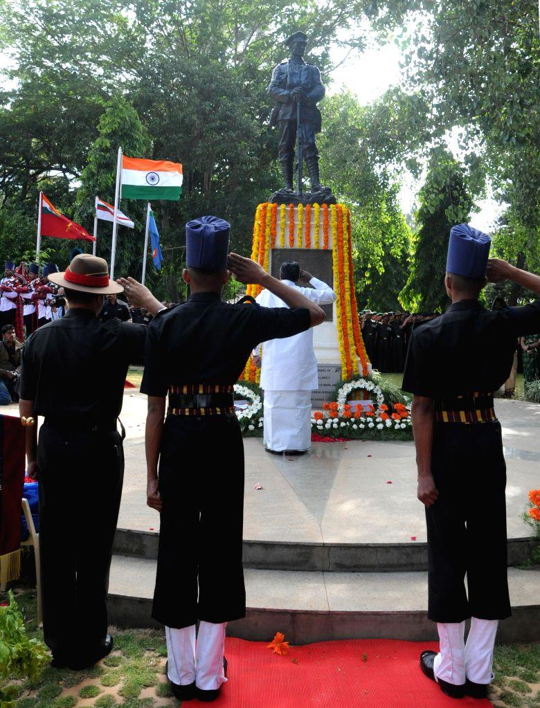 Chief Minister K Siddaramaiah laid wreath and paying homage to the martyrs of Kargil conflict to mark the 15th Kargil Diwas Day at Rashtriya Sainik Smaraka, Indira Gandhi Musical Fountain, in ... - K Siddaramaiah