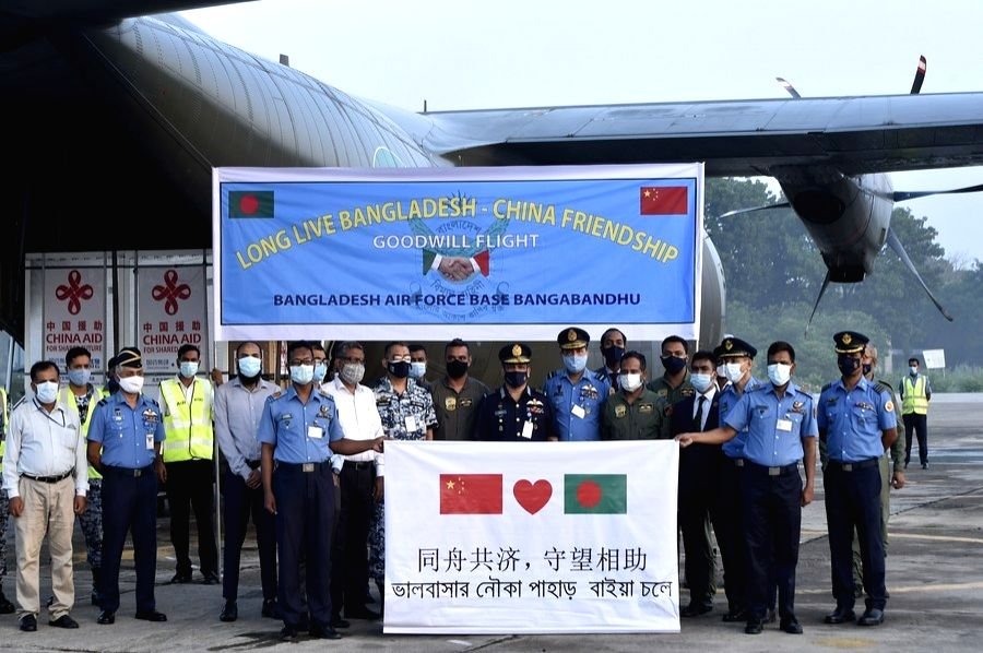 Chief of Air Staff of the BAF Masihuzzaman Serniabat and other senior officials pose for photos after receiving the vaccines in Dhaka, Bangladesh on May 12, 2021.