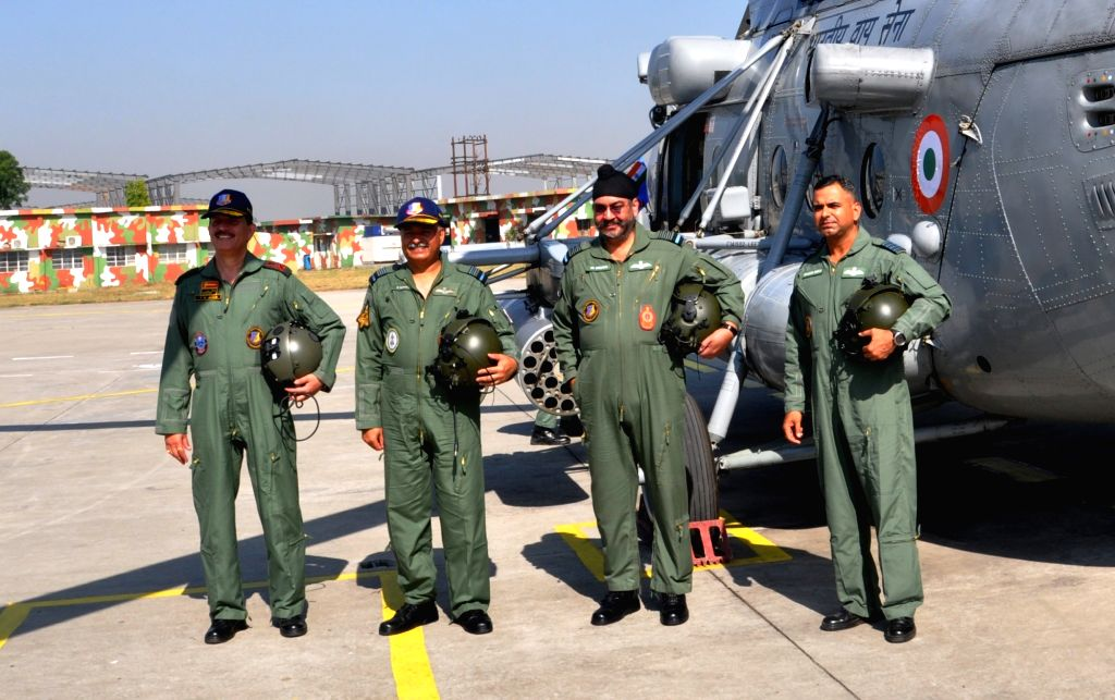 Chief of the Air Staff Air Chief Marshal B.S. Dhanoa, Air Officer Commanding-in-Chief Western Air Command Air Marshal R. Nambiar, 14 Corps General Officer Commanding Lt Gen YK Joshi and ... - P. Bhola