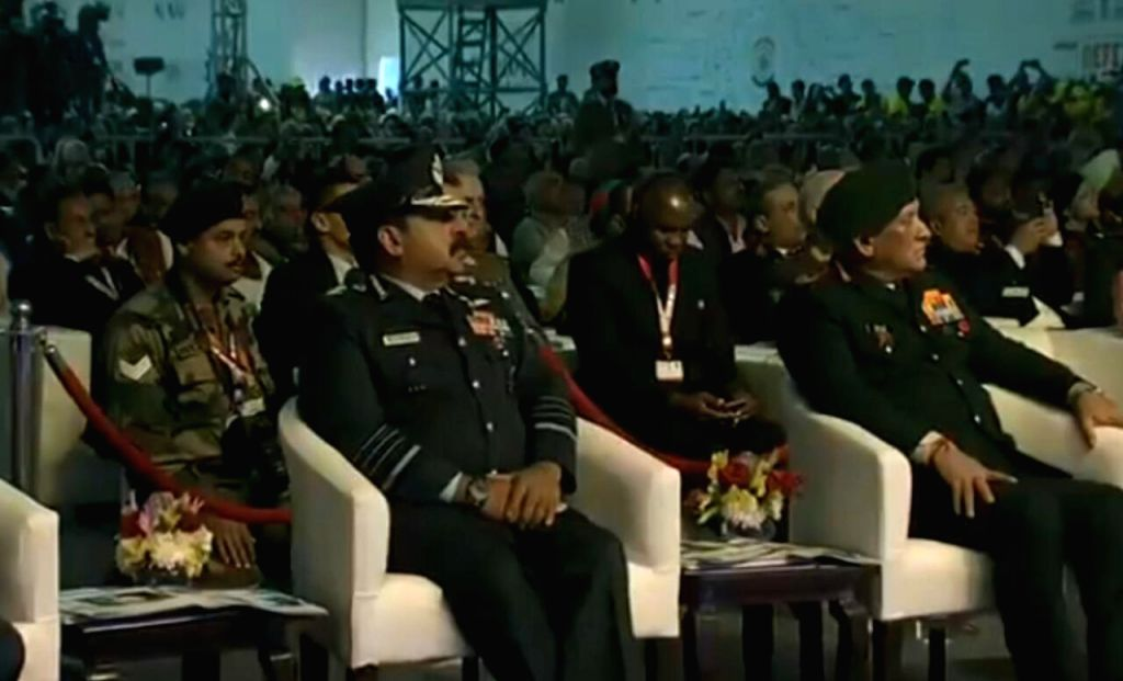 Chief of the Air Staff Air Chief Marshal RKS Bhadauria and Chief of Defence Staff (CDS) Gen Bipin Rawat at the inaugural session of the DefExpo 2020 in Lucknow on Feb 5, 2020.