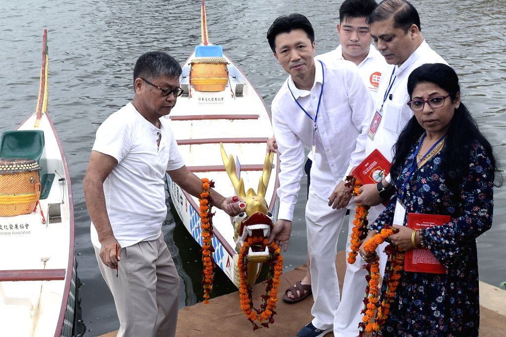 Chinese Consul General Zha Liyou inaugurates the Dragon Boat Festival 2019, in Kolkata, on June 2, 2019.