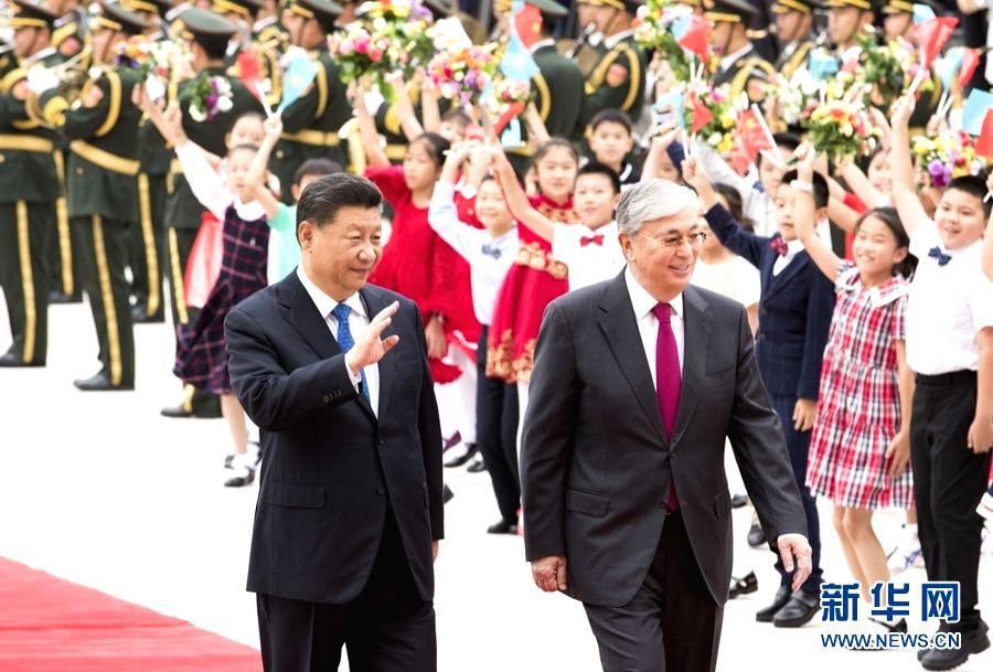 Chinese President Xi Jinping and Kazakhstan President Kassym-Jomart Tokayev.
