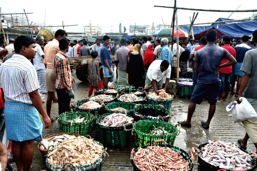 CHITTAGONG, Aug. 26, 2019 - Photo taken on Aug. 24, 2019 shows a fish market in Bangladesh's seaport city of Chittagong.