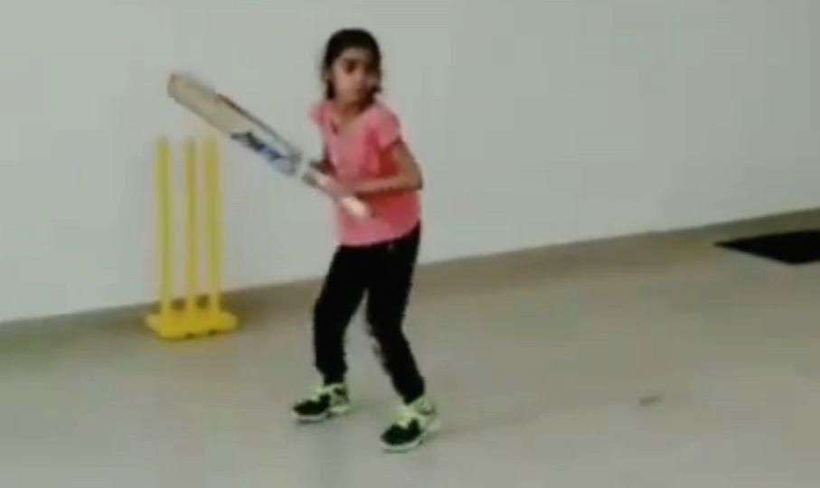 Chopra, Manjrekar laud seven-year old girl for helicopter shot.