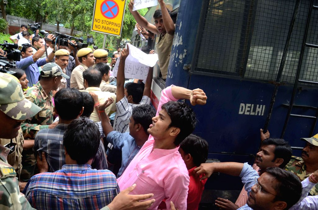 Civil Service aspirants stage a demonstration against Civil Services Aptitude Test (CSAT) outside UPSC Bhawan in New Delhi on July 28, 2014.