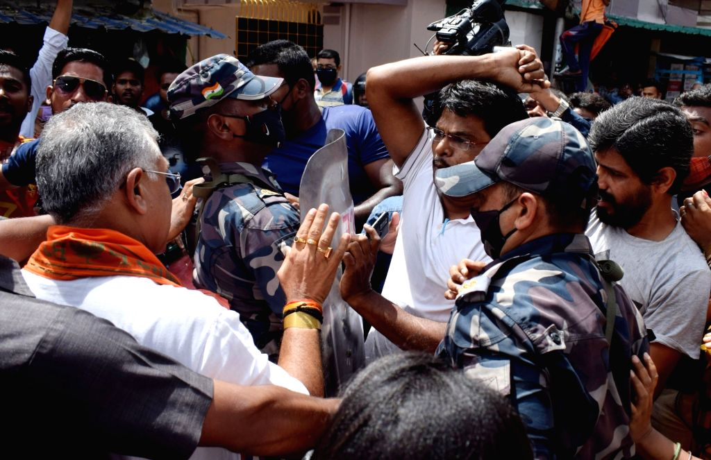 Clash between BJP and TMC leaders and activists during an election campaign ahead of Bhawanipur by-poll election in Kolkata on Monday, September 27, 2021.