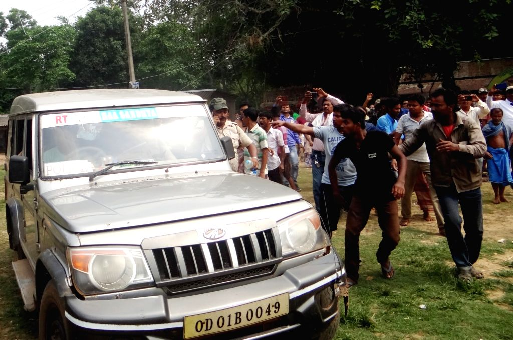 Clashes broke out between agitators and security forces during the sixth phase of 2019 Lok Sabha elections, in West Midnapore's Solemonpur booth on May 12, 2019.