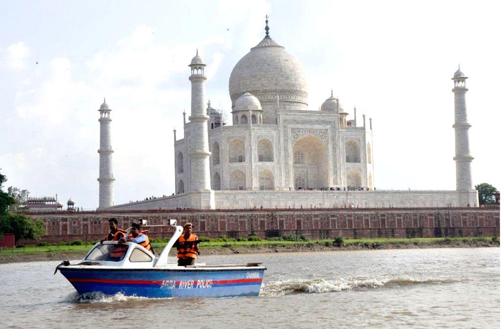 Clean up Yamuna campaign picks momentum in Agra