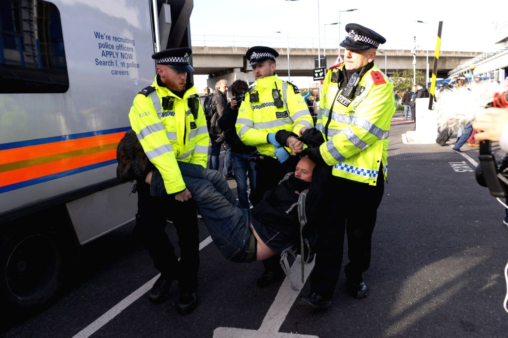 Climate protesters block private airport in UK