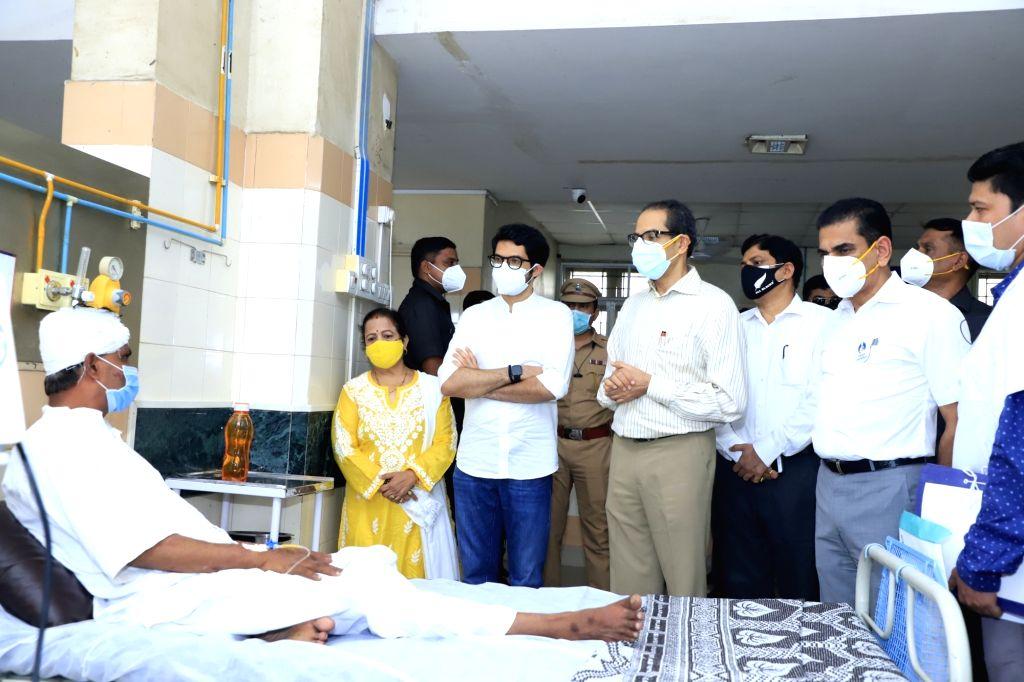 CM UDDHAV THACKERAY, Tourism Minister Aditya Thackeray, BMC Mayor Kishori Pednekar, Municipal Commissioner I. S. Chahal and other officials met the injured victims of the devastating house crash in Malad early today, at the Shatabdi Hospital on Kandi - Aditya Thackeray
