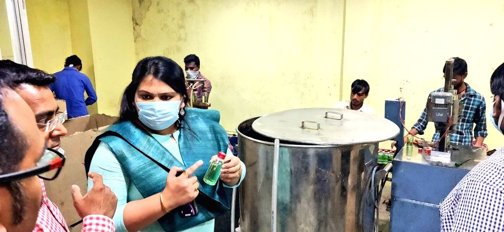 Collector of Jharkhand's Deodhar sets an example with masks and sanitizers made from resources of the district.