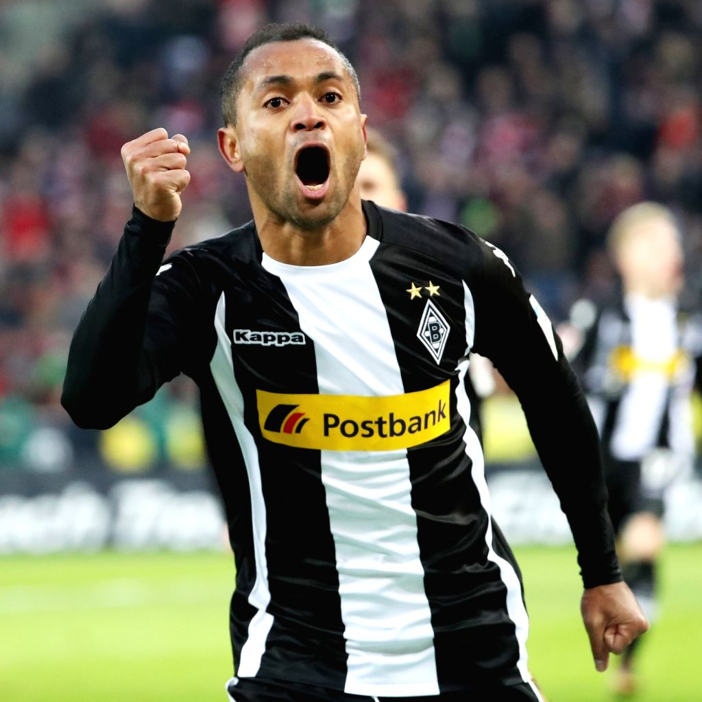 COLOGNE, Jan. 15, 2018 - Raffael (L) of Borussia Moenchengladbach celebrates after scoring during the Bundesliga match between 1. FC Koeln and Borussia Moenchengladbach in Cologne, Germany, on Jan. ...