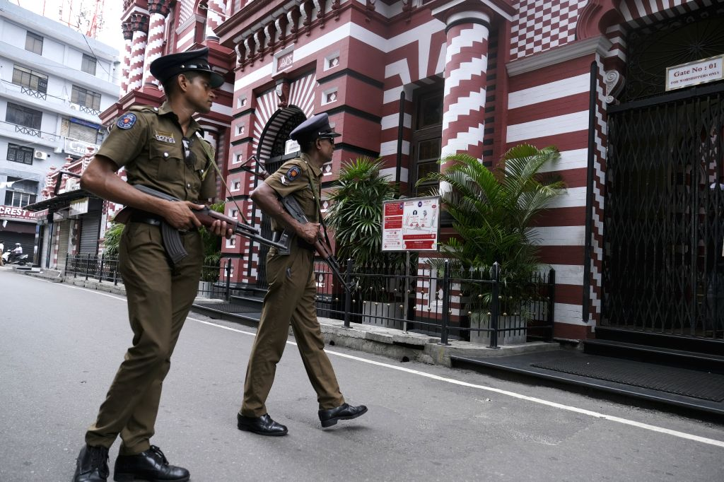COLOMBO, April 26, 2019 (Xinhua) -- Policemen patrol in Colombo, Sri Lanka, April 26, 2019. Sri Lanka on Thursday revised the death toll from multiple terror attacks on Sunday to around 253 from 359, Sri Lanka's Health Ministry said on Thursday. (Xin