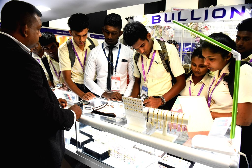 COLOMBO, Aug. 29, 2019 - People visit the International Gem and Jewellery show in Colombo, Sri Lanka, on Aug. 29, 2019. The International Gem and Jewellery show, which is held from Aug. 29 to Sept. ...