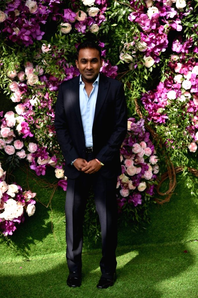 Colombo, June 20 (IANS) Former Sri Lanka captain Mahela Jayawardene hit back at the country's former Sports Minister Mahindananda Aluthgamage after he clarified that he is not accusing any players involved in the 2011 World Cup final of match-fixing. - Mahela Jayawardene