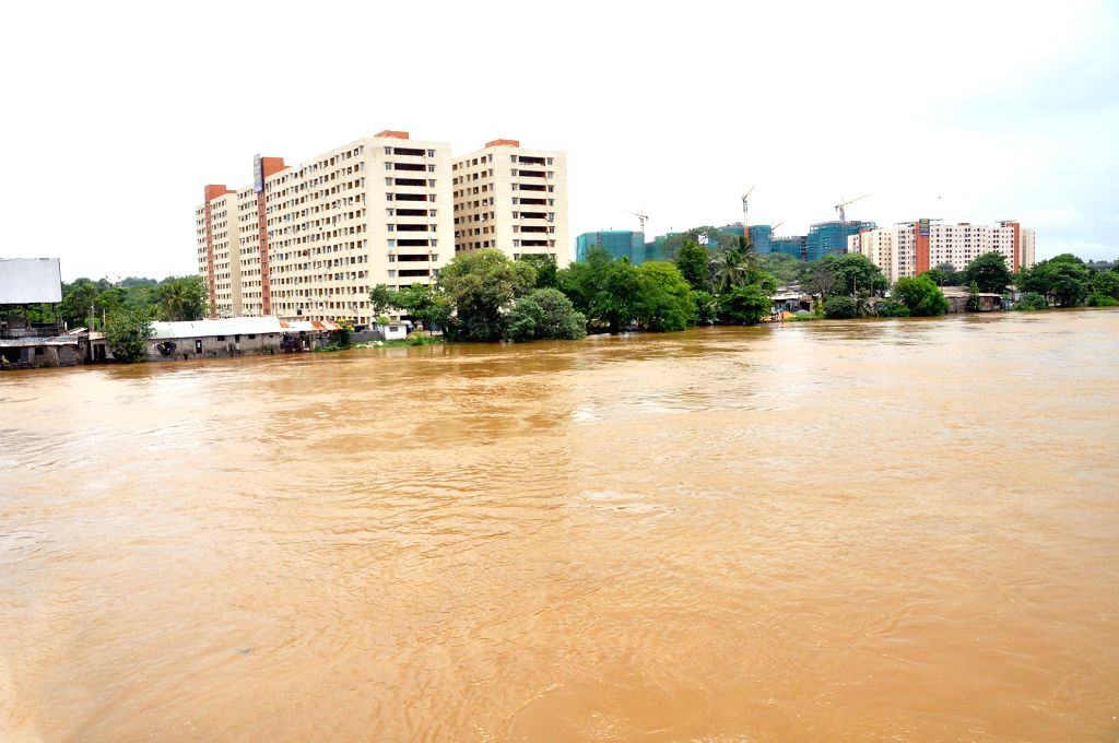 COLOMBO, May 16, 2016 - Photo taken on May 16, 2016 shows the water level of river which rose rapidly due to continuous heavy rains in Colombo, Sri Lanka. Several roads in the country have been cut ...