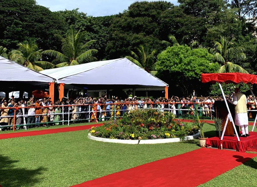Colombo: Prime Minister Narendra Modi addresses the Indian Community in Colombo, Sri Lanka on June 9, 2019. (Photo: Twitter/@PMOIndia) - Narendra Modi