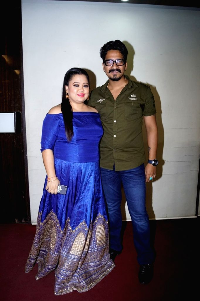 Comedian Bharti Singh and Harsh Limbachiyaa during the celebration of Actor Mubeen Saudagar Wife's Baby Shower ceremony in Mumbai on Sept 18, 2017. - Mubeen Saudagar Wif and Bharti Singh