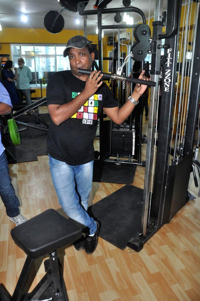 Comedian Sunil Pal during the launch of Fit Zone Gym in Mumbai on April 15, 2014.