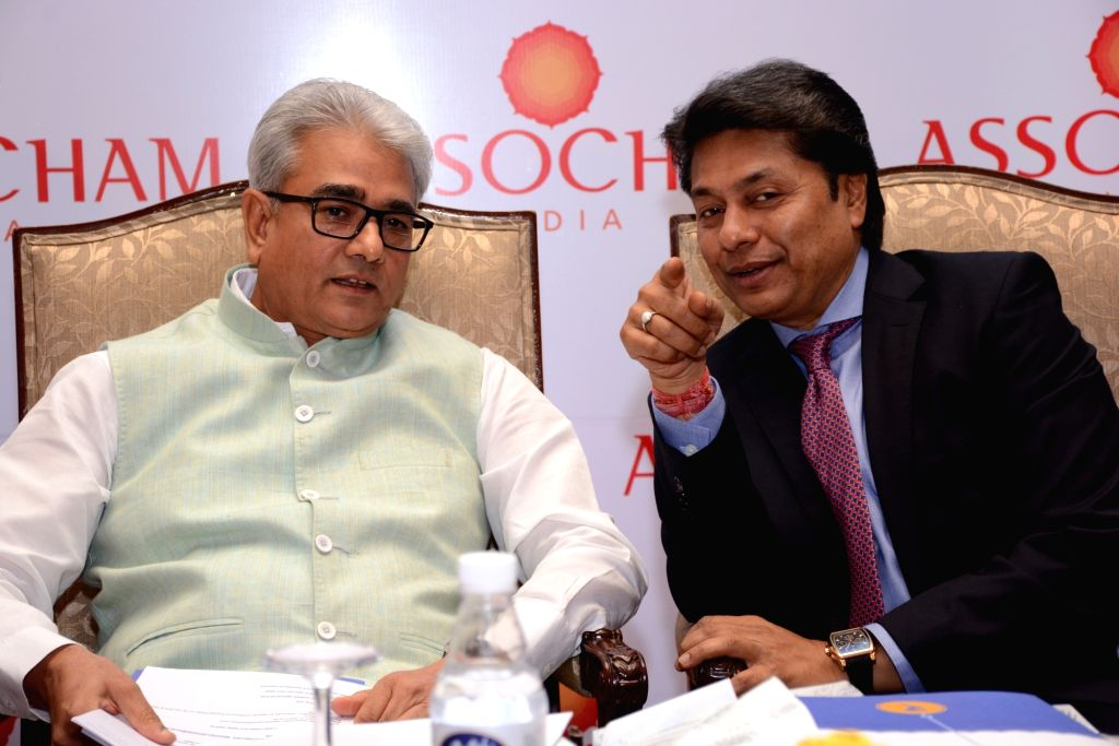 Comptroller and Auditor General of India (CAG) Shashi Kant Sharma and ASSOCHAM Senior Vice President Sandeep Jajodia during an ASSOCHAM 3rd National Conference on Financial and Corporate ... - Shashi Kant Sharma