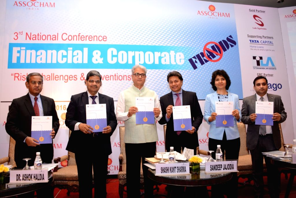 Comptroller and Auditor General of India (CAG) Shashi Kant Sharma release the conference background paper along with other dignitaries during an ASSOCHAM 3rd National Conference on ... - Shashi Kant Sharma