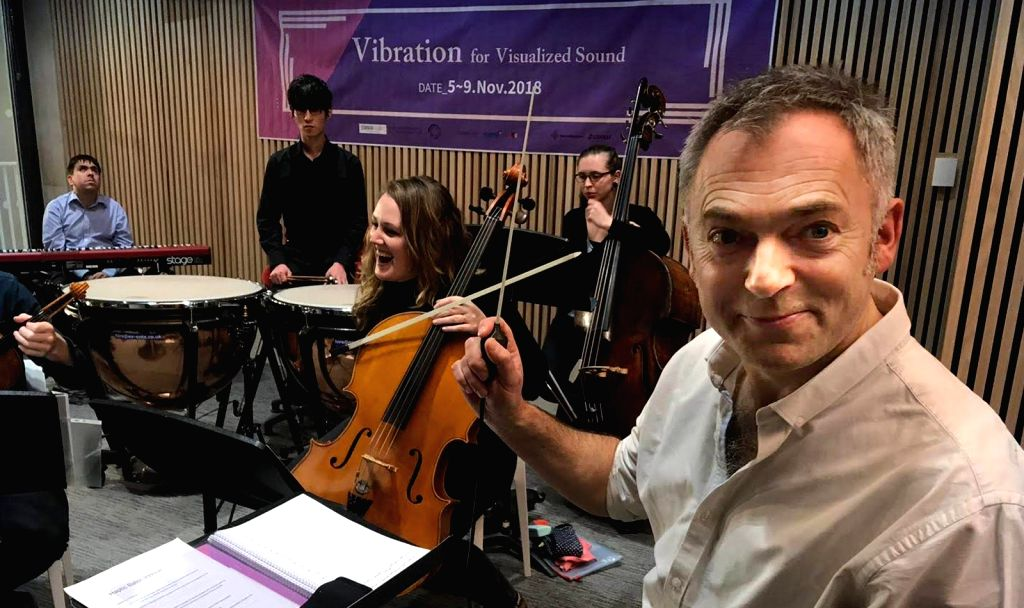 Conductor Charles Hazlewood successfully trialled the haptic baton with a dozen blind and sighted musicians at a performance of Beethoven's Fifth Symphony.