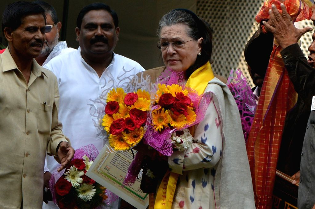 Congress Interim President Sonia Gandhi being felicitated during the inauguration of Valmiki Rath Yatra on the occasion of Valmiki Jayanti in New Delhi, on Oct 13, 2019. - Sonia Gandhi