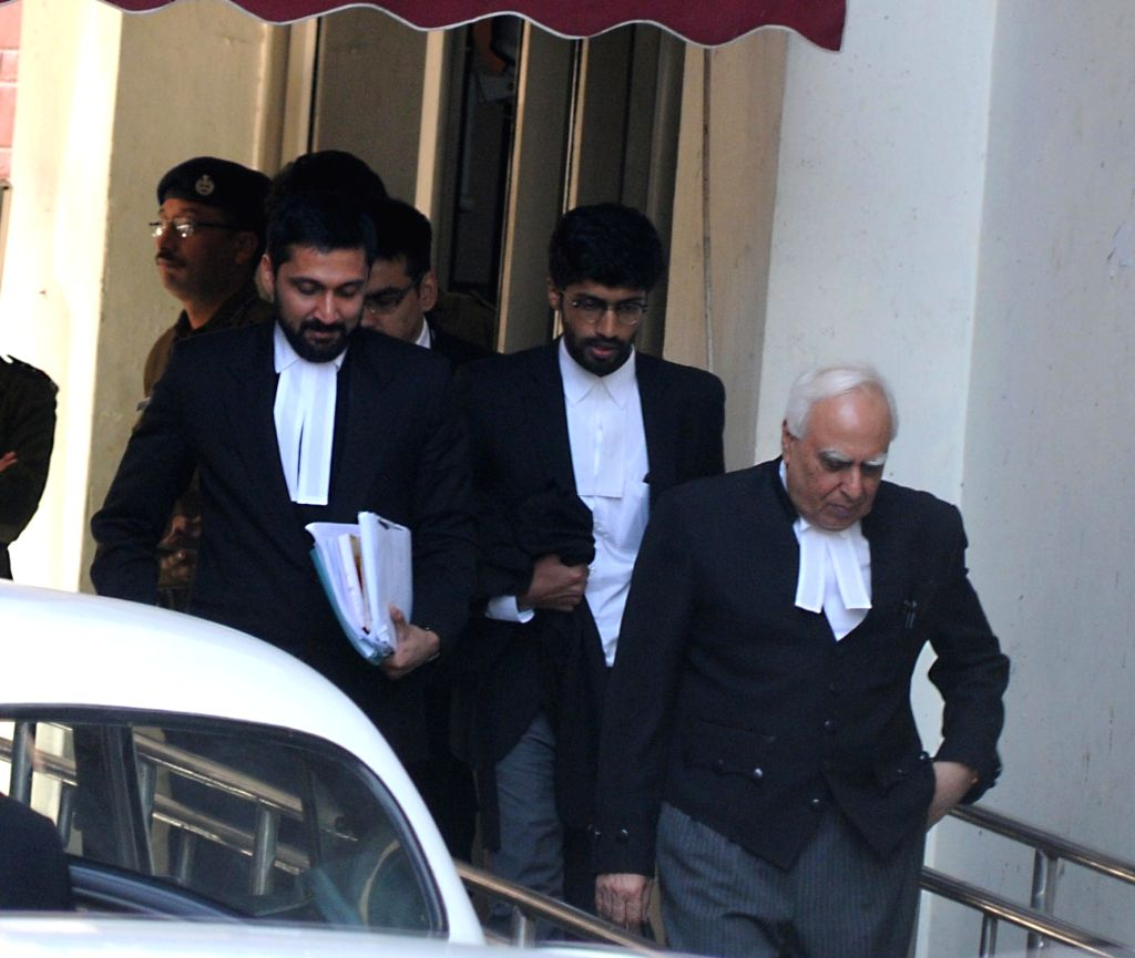 Congress leader and renowned lawyer Kapil Sibal who reached the election commission in support of the Akhilesh faction in New Delhi, on Jan 13, 2017.