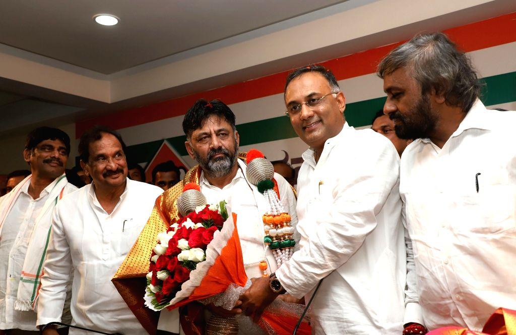 Congress leader DK Shivkumar addresses a press conference in Bengaluru on Oct 26, 2019.