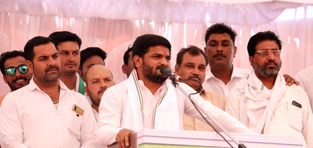 Congress leader Hardik Patel addresses a public rally ahead of the 2019 Lok Sabha elections, in Madhya Pradesh's Khandwa on May 8, 2019. - Hardik Patel