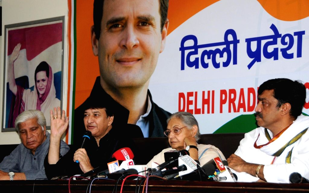 Congress leader Haroon Yusuf accompanied by Delhi party President Sheila Dikshit, addresses a press conference in New Delhi on June 8, 2019. - Sheila Dikshit