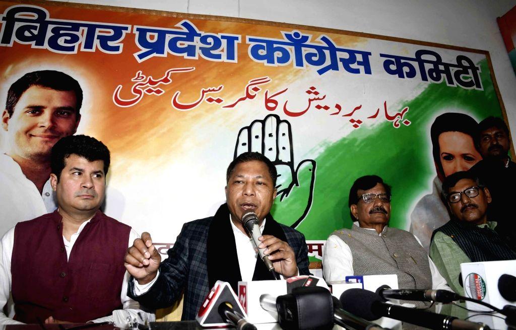 Congress leader Mukul Sangma addresses a press conference in Patna, on Jan 28, 2019.