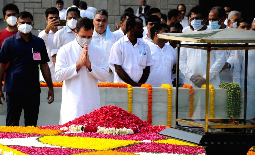 Congress leader Rahul Gandhi paying tributes on the occassion of Birth Anniversary of Mahatma Gandhi at Rajghat, in New Delhi on Saturday October 02 2021. - Rahul Gandhi