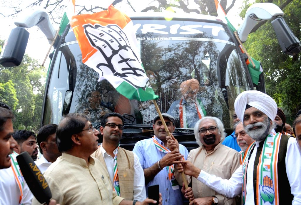 Congress leader Sam Pitroda campaigns for the party ahead of the 2019 Lok Sabha elections, in New Delhi on May 1, 2019.