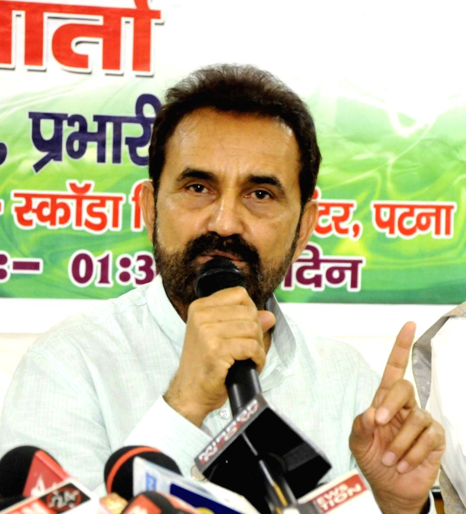 Congress leader Shaktisinh Gohil addresses during a press conference, in Patna on Sept 5, 2018.