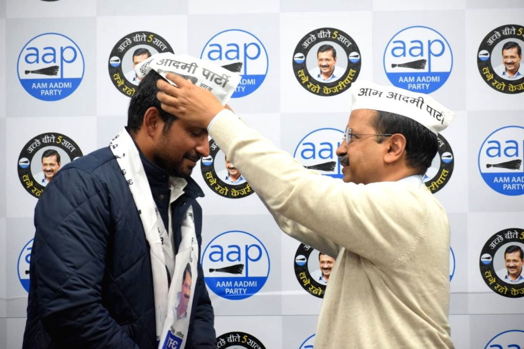 Congress leader Vinay Mishra joins Aam Aadmi Party (AAP) in the presence of party chief and Delhi Chief Minister Arvind Kejriwal in New Delhi on Jan 13, 2020. - Arvind Kejriwal and Vinay Mishra