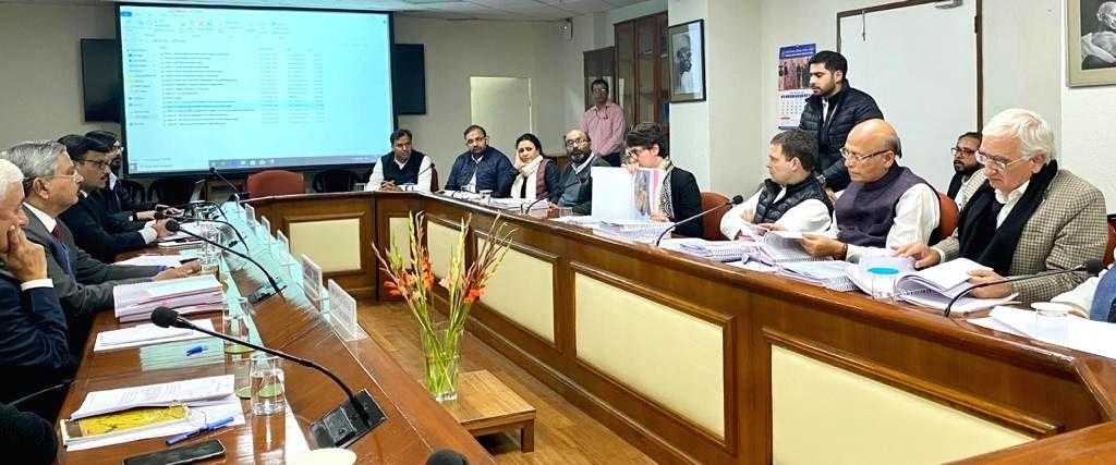 Congress leaders Rahul Gandhi, Priyanka Gandhi Vadra, Abhishek Manu Singhvi and Salman Khurshid during a meeting with the members of the National Human Rights Commission (NHRC), in New ... - Rahul Gandhi and Priyanka Gandhi Vadra