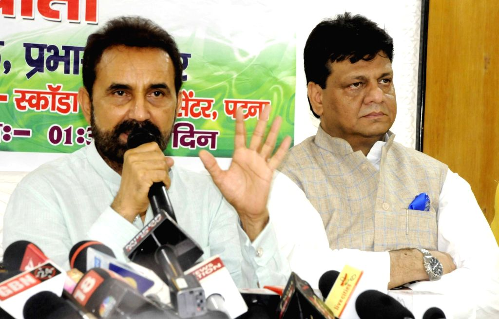 Congress leaders Shaktisinh Gohil and Kaukab Quadri during a press conference, in Patna on Sept 5, 2018.