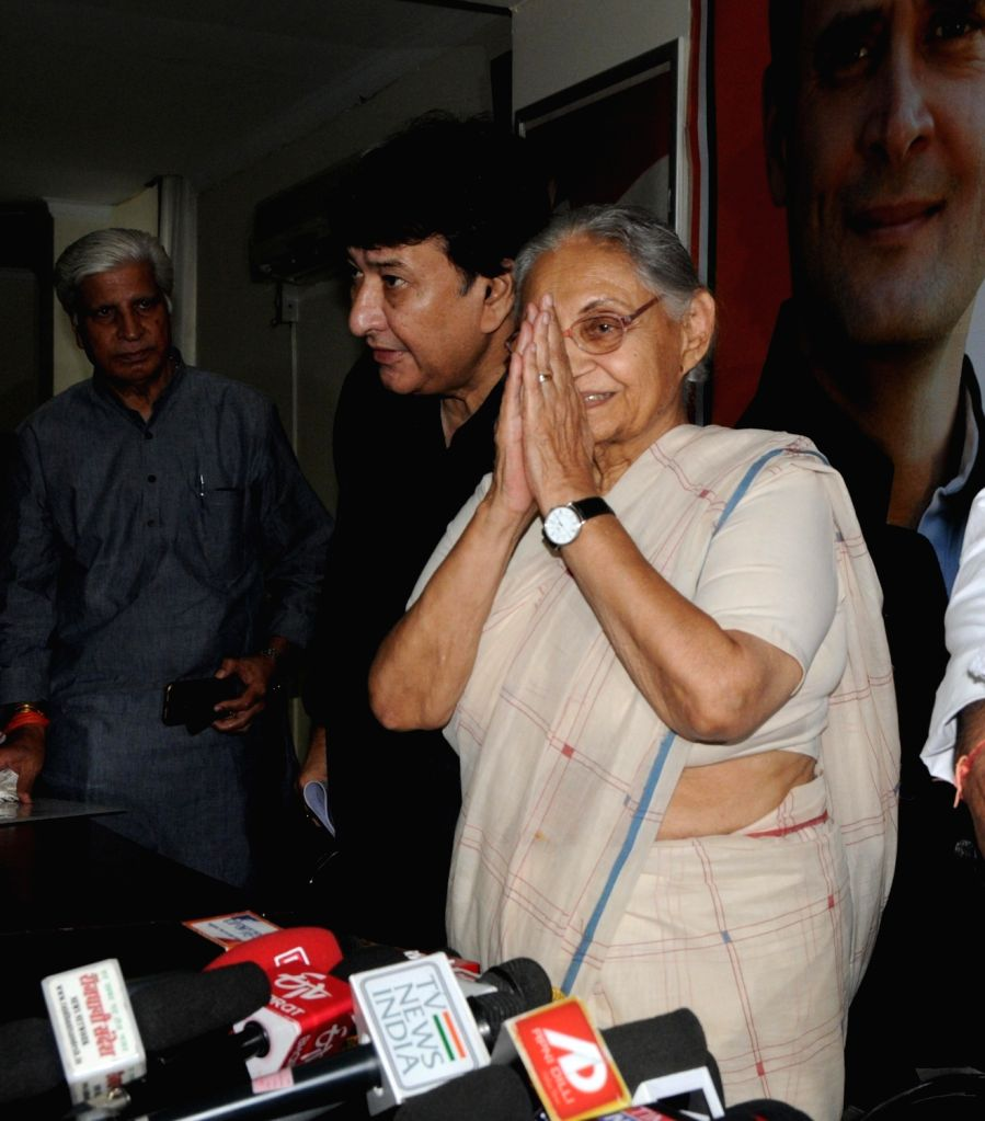 Congress leaders Sheila Dikshit and Haroon Yusuf leave after addressing a press conference in New Delhi on June 8, 2019. - Sheila Dikshit