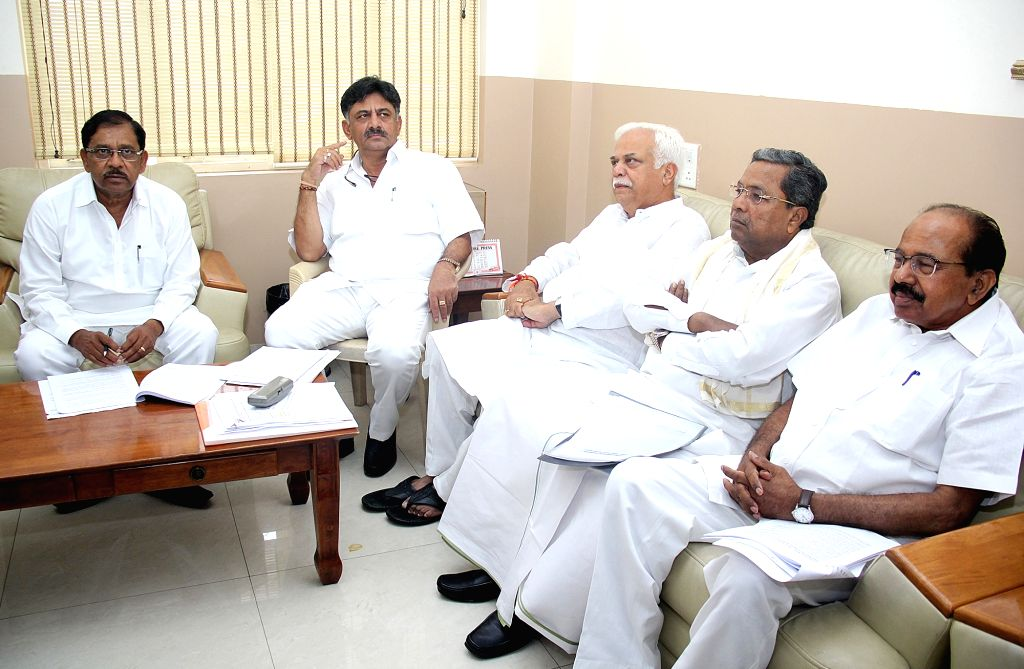 Congress leaders Siddaramaiah, D.K. Shivakumar, R.V. Deshpande, Veerappa Moily and G Parameshwara during Congress Co-ordination Committee meeting at party office in Bengaluru, on June 29, ...