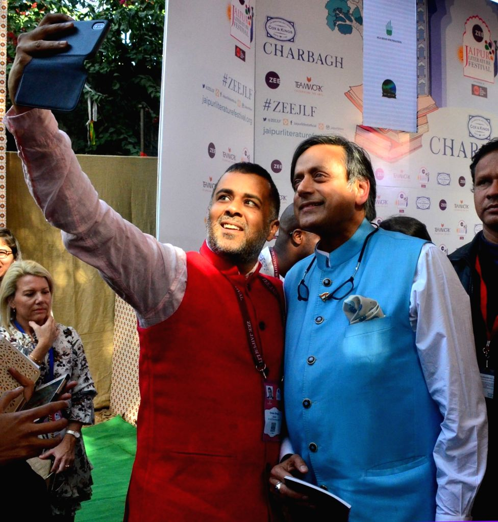 Congress MP Shashi Tharoor and author Chetan Bhagat during Jaipur Literature Festival at Diggi Palace, on Jan 27, 2018. - Shashi Tharoor