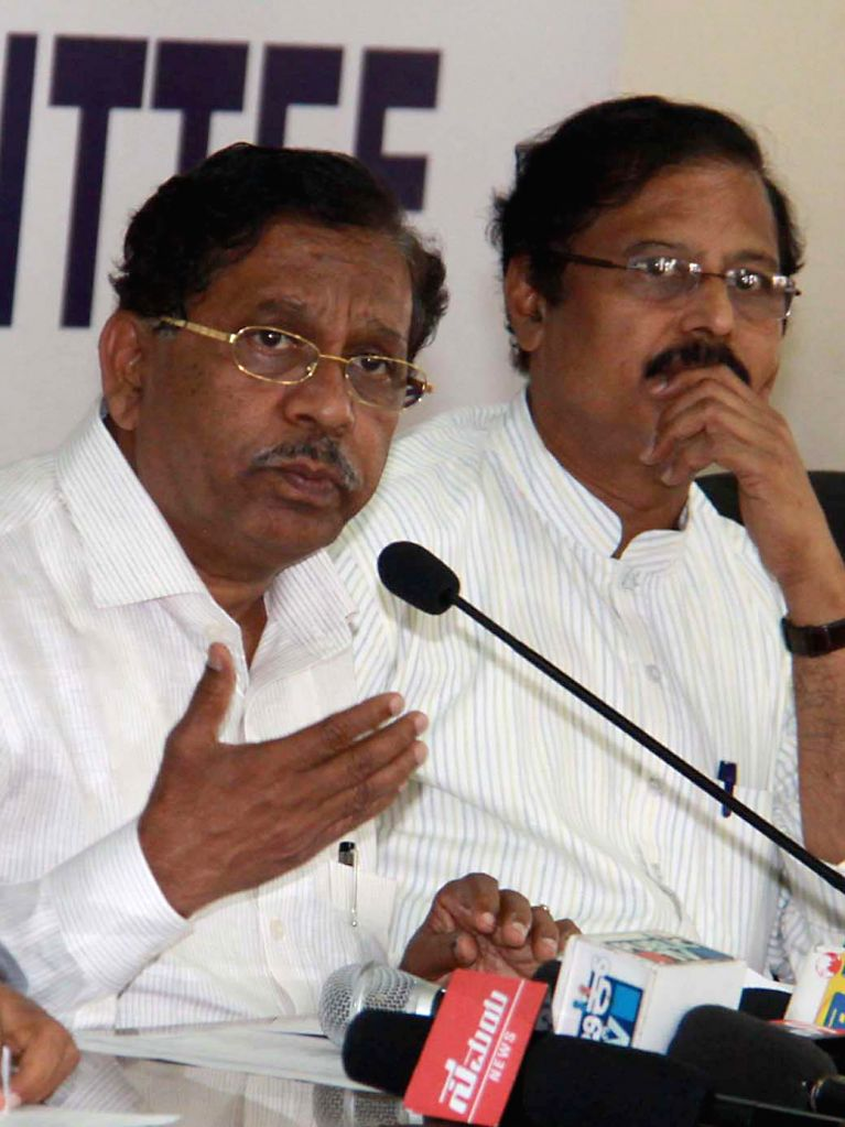 Congress president G Parameshwara addresses a press conference in Bangalore on April 18, 2014.