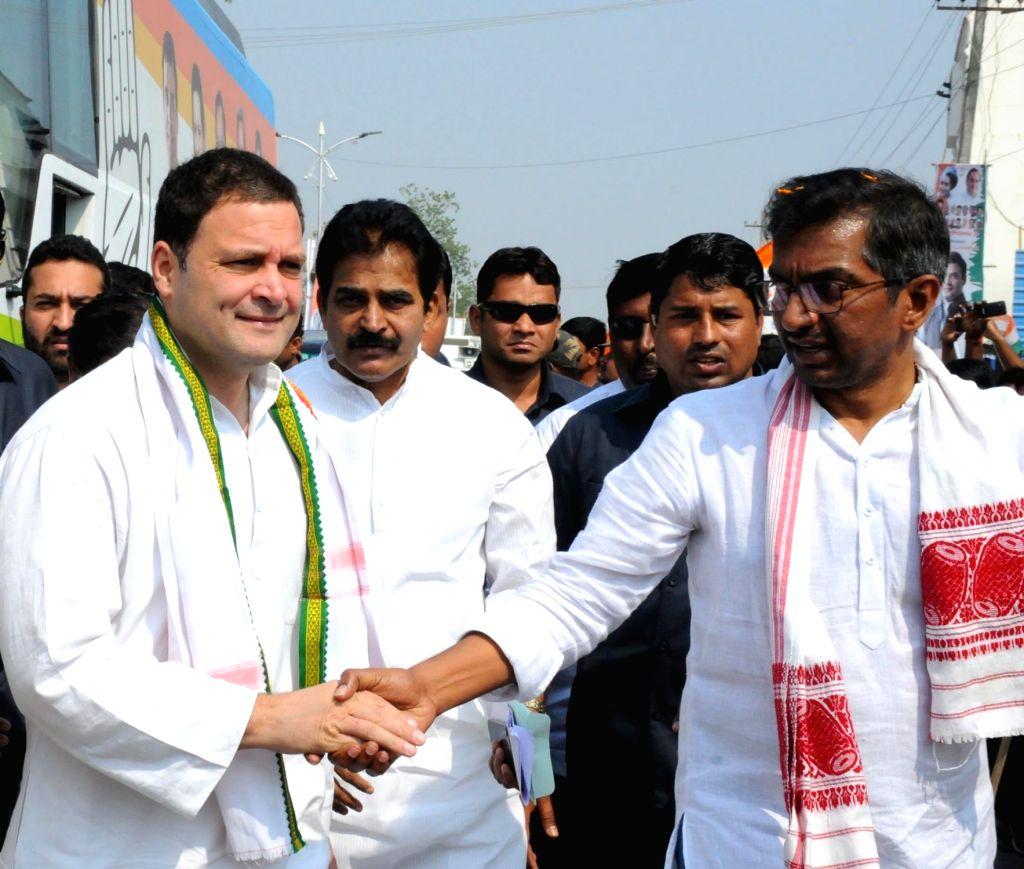 Congress President Rahul Gandhi during the 'Jana Aashirwada Yatre' rally in Kushtagi of Karnataka's Koppal District on Feb 12, 2018. - Rahul Gandhi