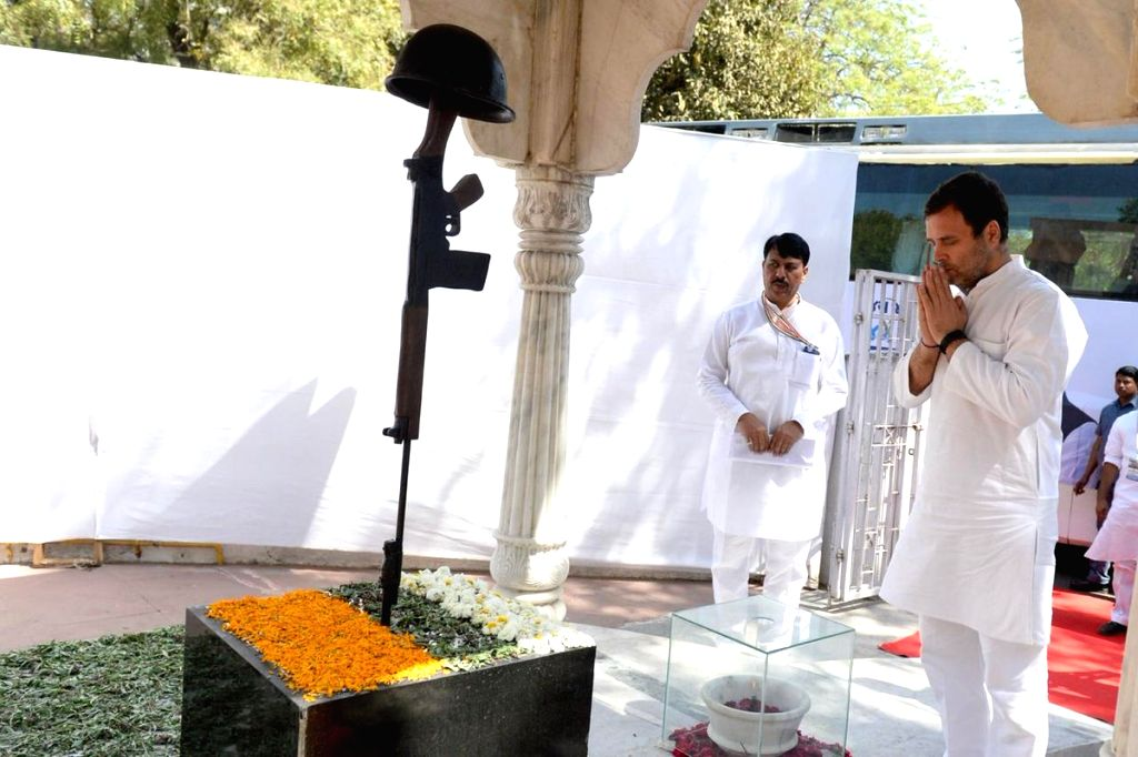 Congress President Rahul Gandhi pays tribute to martyrs at Shaheed Smarak, in Ahmedabad, on March 12, 2019. - Rahul Gandhi