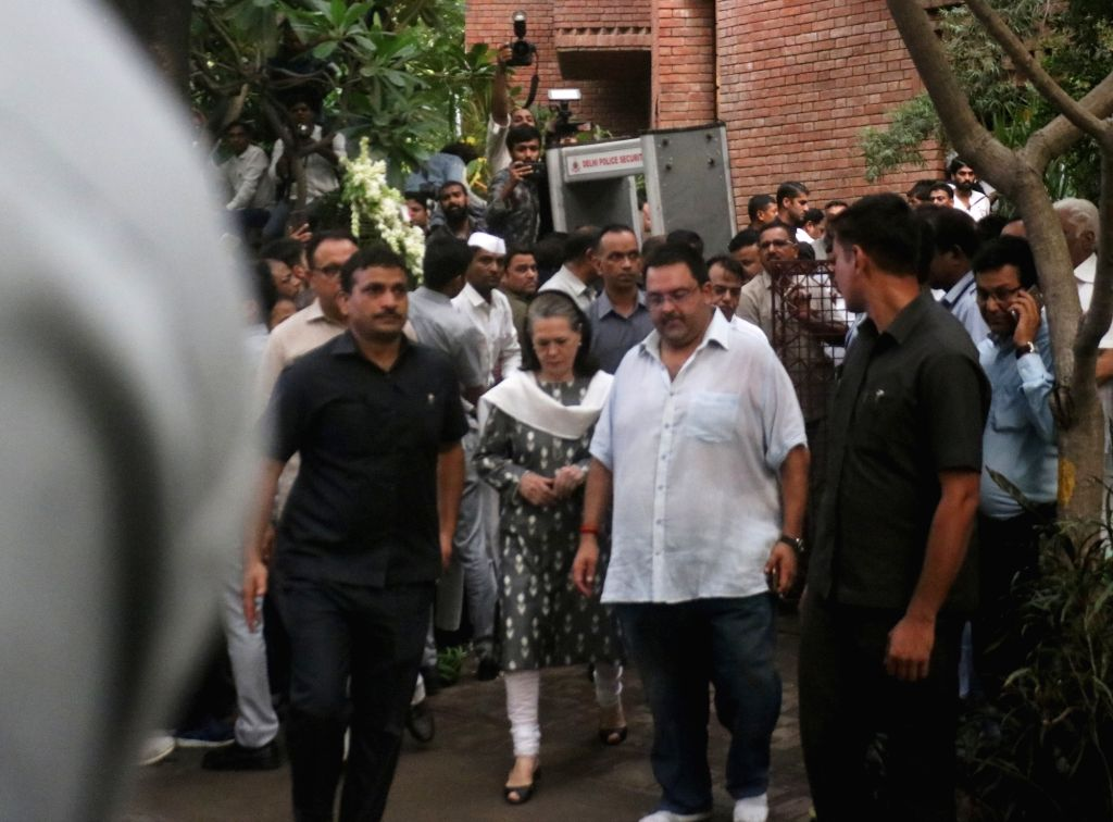 Congress President Sonia Gandhi arrives to pay tribute to Former Chief Minister Sheila Dikshit who passed away at a private hospital in New Delhi on July 20, 2019. - Sheila Dikshit and Sonia Gandhi