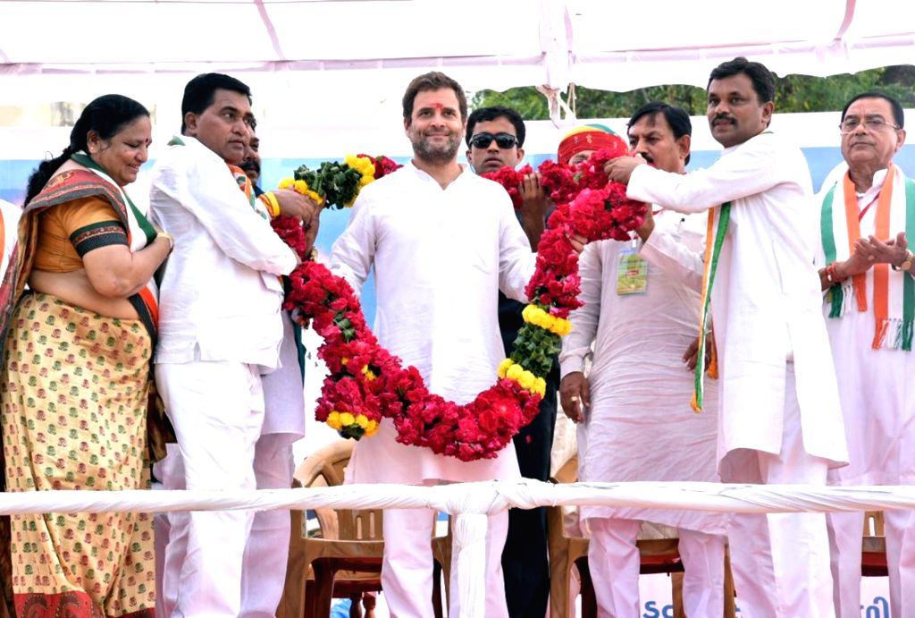 Congress Vice President Rahul Gandhi during  Yuva Rojgar Khedut Adhikar Navsarjan Yatra in Dahod, Gujarat on Oct 11, 2017. - Rahul Gandhi