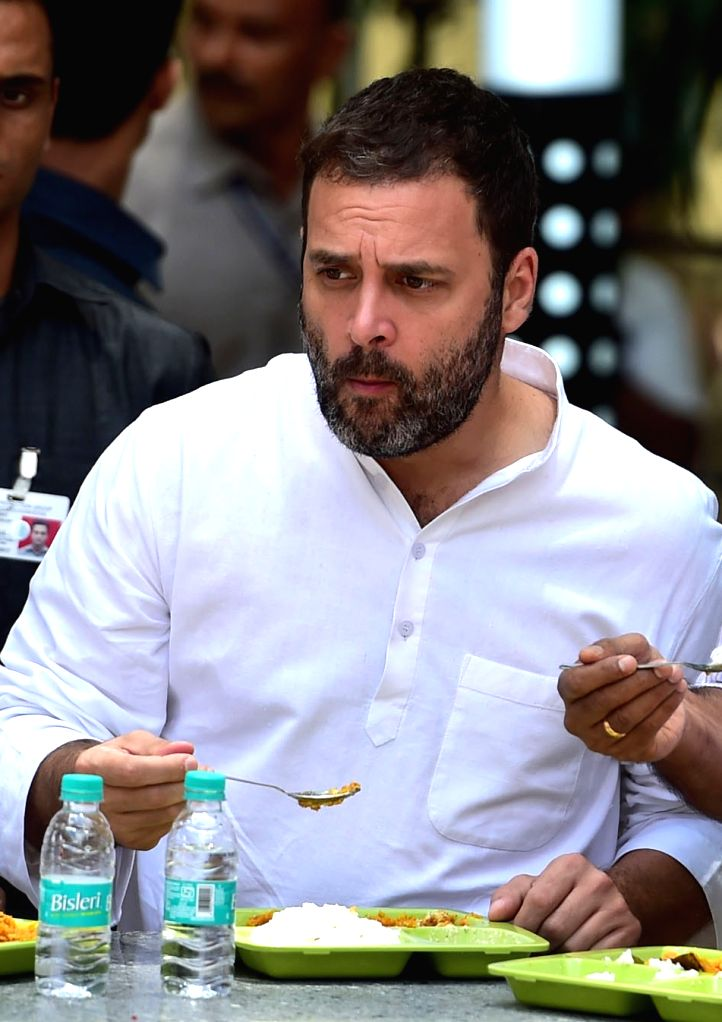 """Congress Vice President Rahul Gandhi having his breakfast at Indhira Canteen after the inauguration of """"Indira Canteens"""" in Bengaluru on Aug 16, 2017. - Rahul Gandhi"""