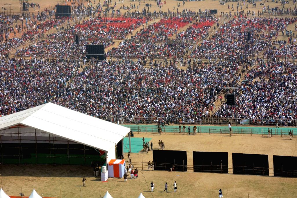 Congress workers during a party rally in Patna's Gandhi Maidan on Jan 3, 2019.